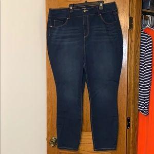 JUSTFAB Skinny Jeans Plus 22W
